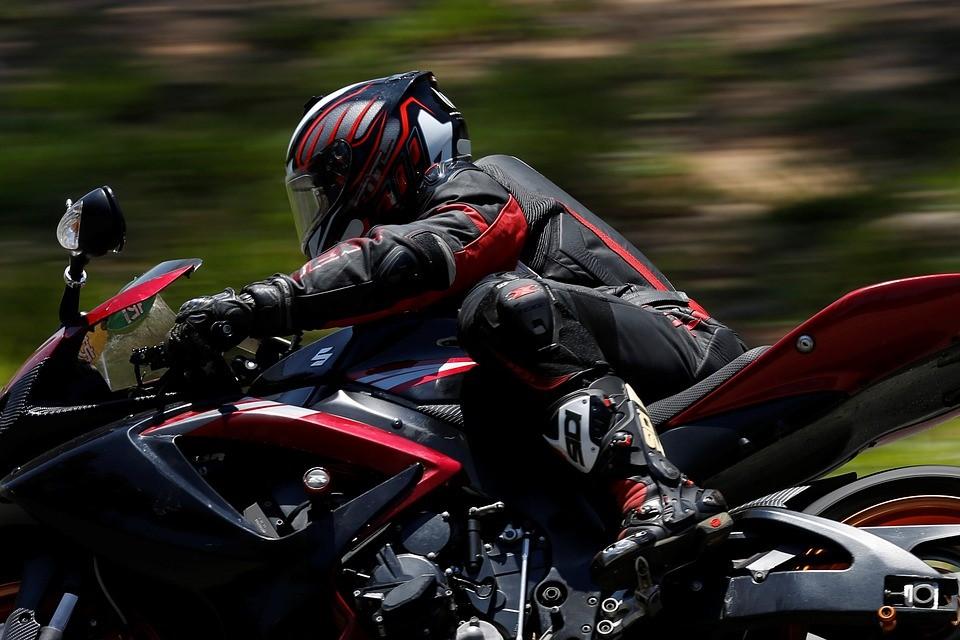 Les durites aviation pour moto : pourquoi cela fonctionne